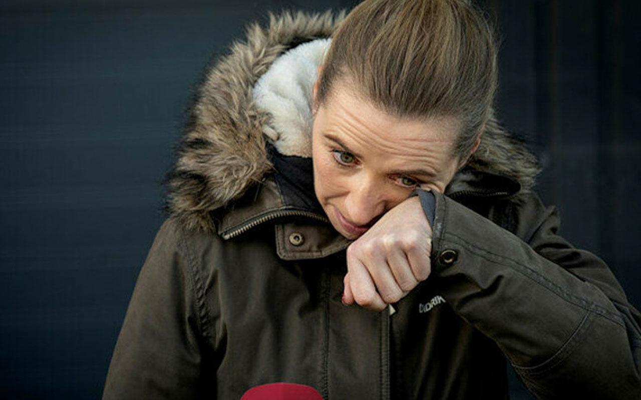 Danimarka'da başbakan gözyaşları içinde özür diledi