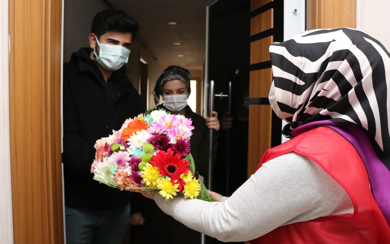 Sultanbeyli Kaymakamlığı'ndan sağlığına kavuşan koronavirüs hastalarına geçmiş olsun ziyareti