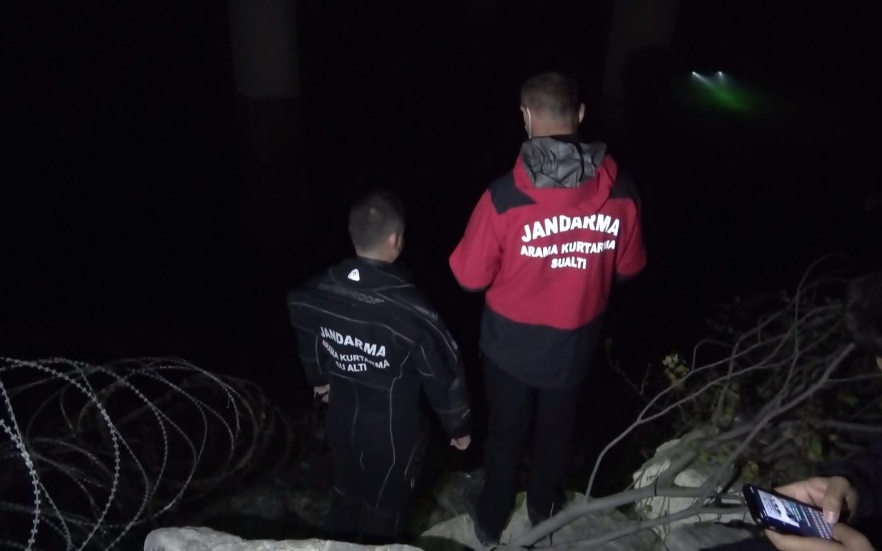 Samsun'da köprüden baraj gölüne atlayan kadın bulunamadı