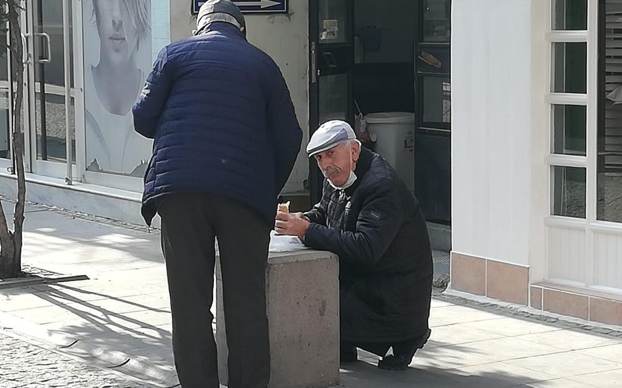 Eskişehir'de vatandaş acıkan karnını sokakta doyurmaya başladı