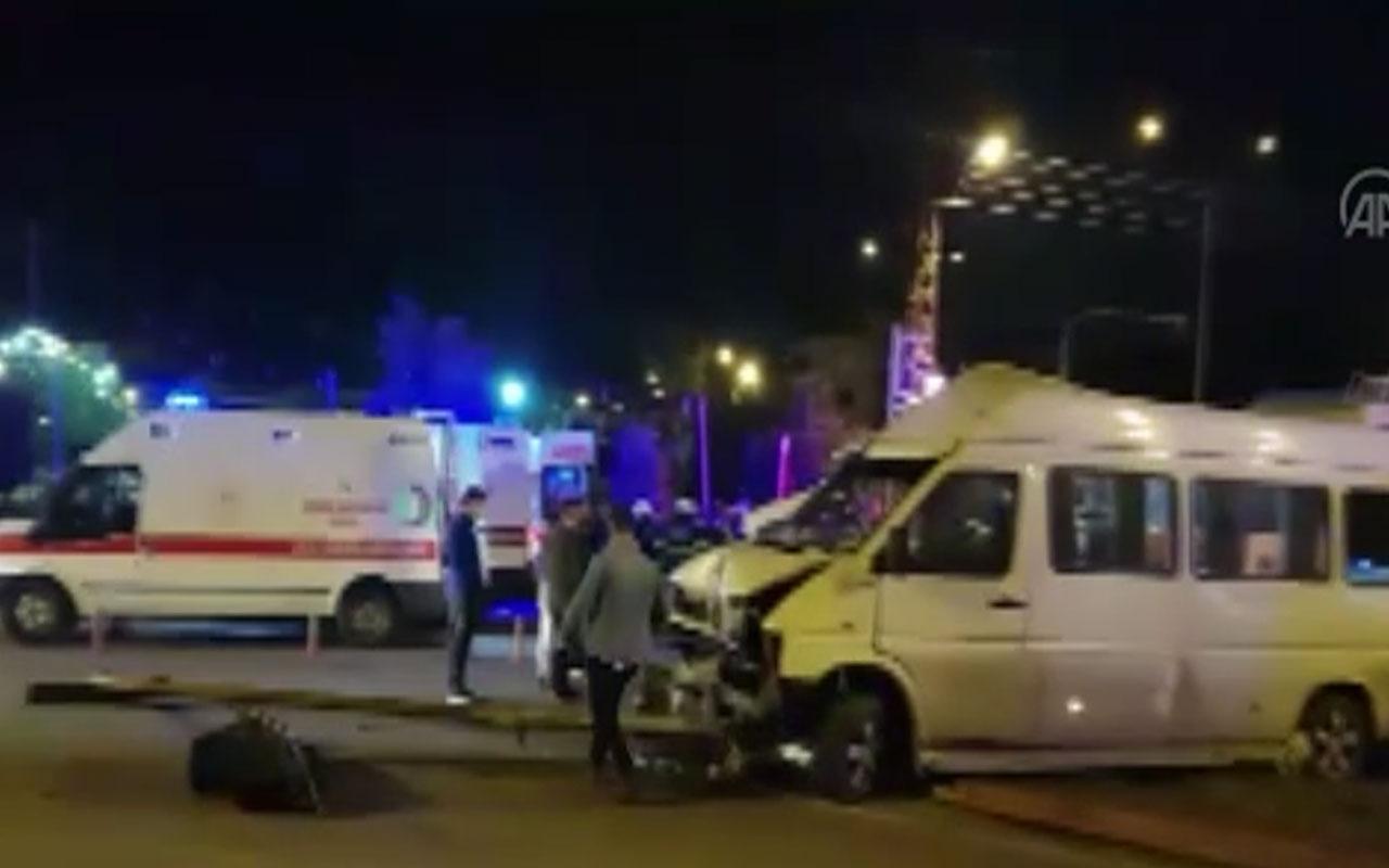 Hatay'da tarım işçilerini taşıyan midibüs ile minibüs çarpıştı: 16 yaralı var