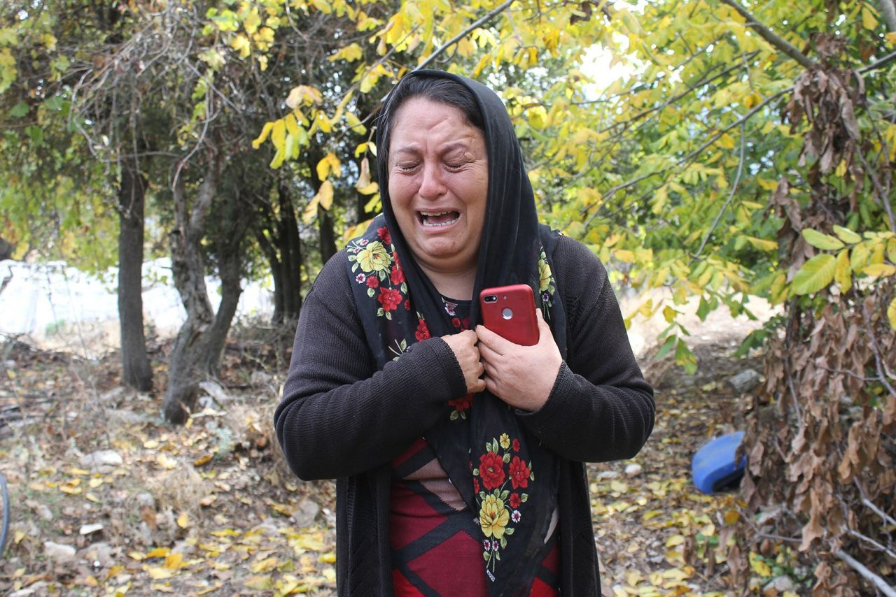 Antalya'da kardeşlerin ağaç kesme tartışmasında inanılmaz olaylar yaşandı