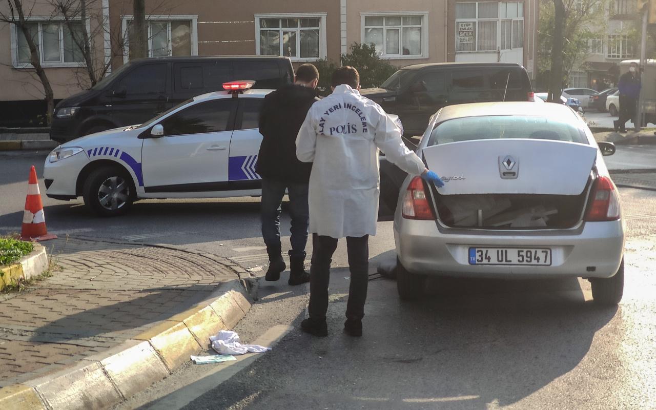 İstanbul Güngören'de seyir halindeki otomobil sürücüsüne silahlı saldırı