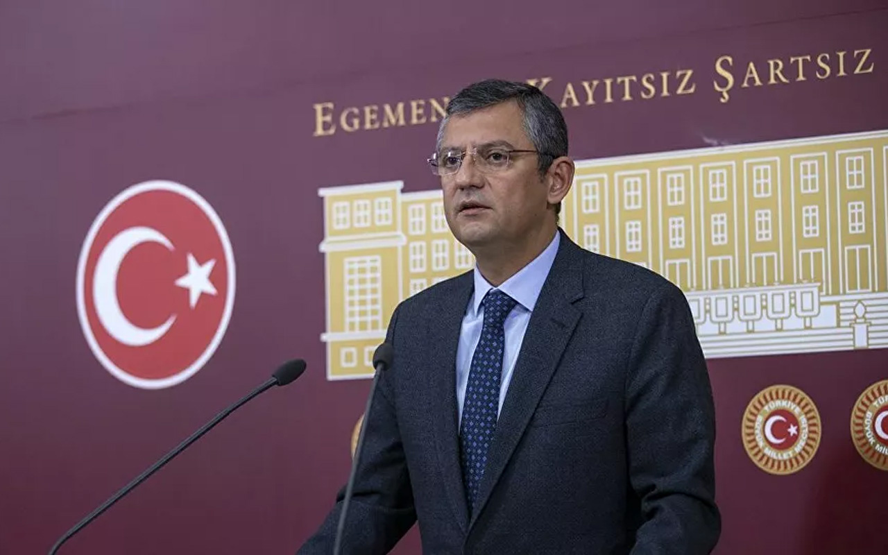 CHP'li Özel'den 'maaş' tepkisi: Enflasyona ezilmeyen tek vatandaş Fahrettin Altun