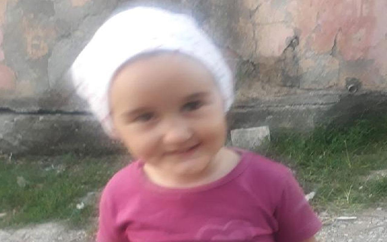 Sakarya'da feci olay! 2'nci kattan düşen 3 yaşındaki Azra öldü