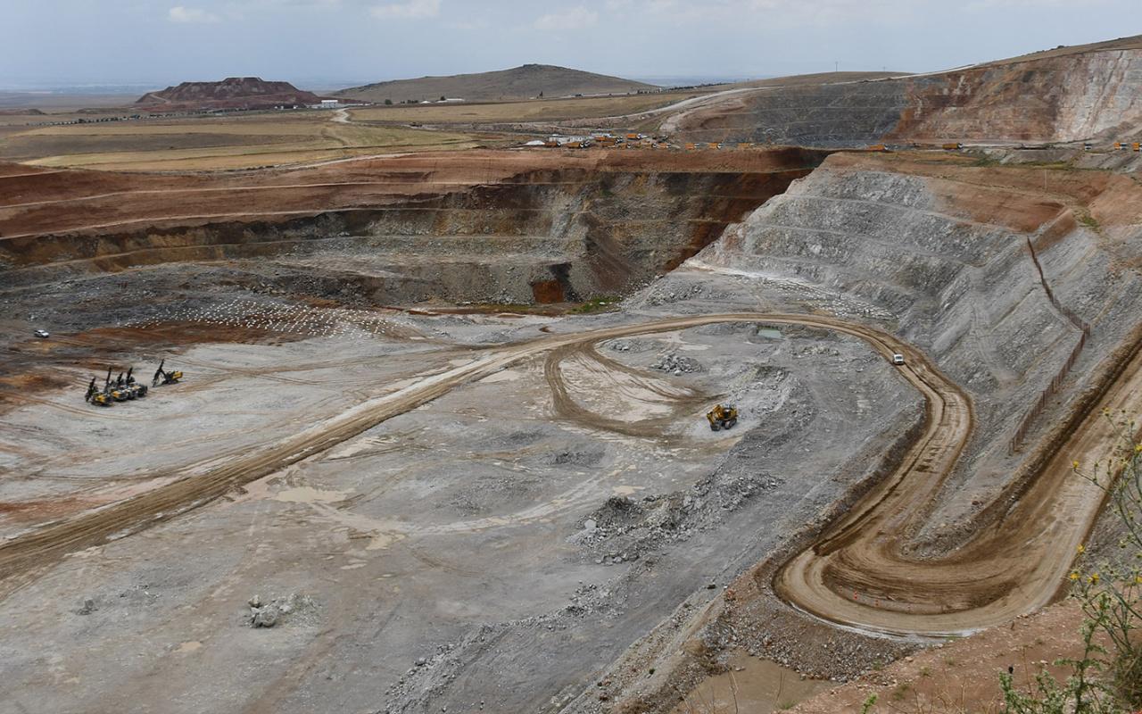 Bilecik Söğüt'te milyonlarca dolarlık maden bulundu