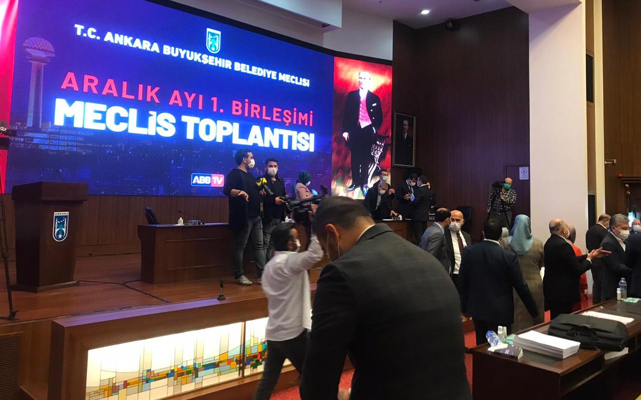 Ankara Belediyesi Meclisi'nde gergin anlar! Mansur Yavaş meclis üyelerini konuşturmadı