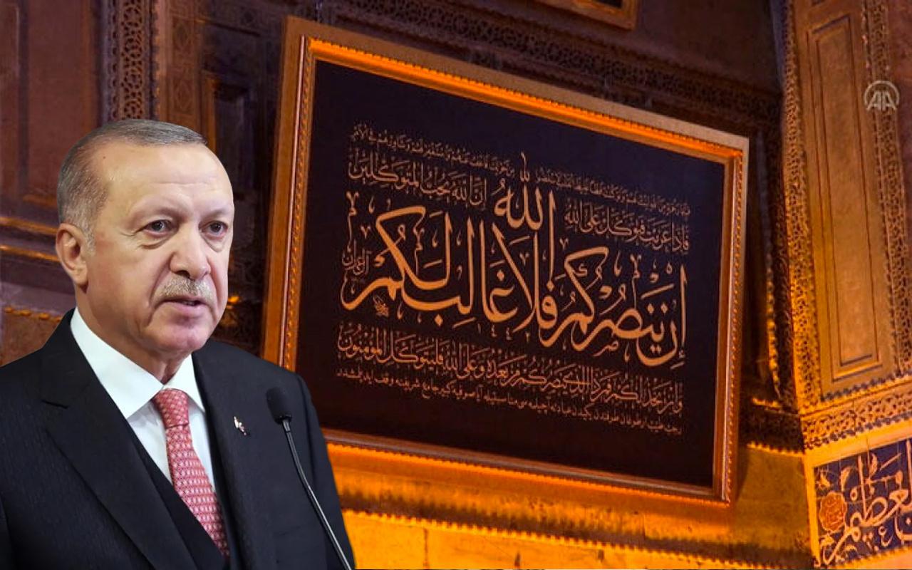 Cumhurbaşkanı Erdoğan, Ayasofya Camii'ne hat tablosu bağışladı