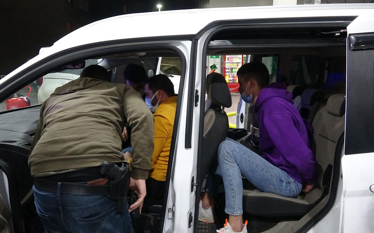 Bursa'da sahte polis, gerçek sivil polise kimlik sorunca yakalandı