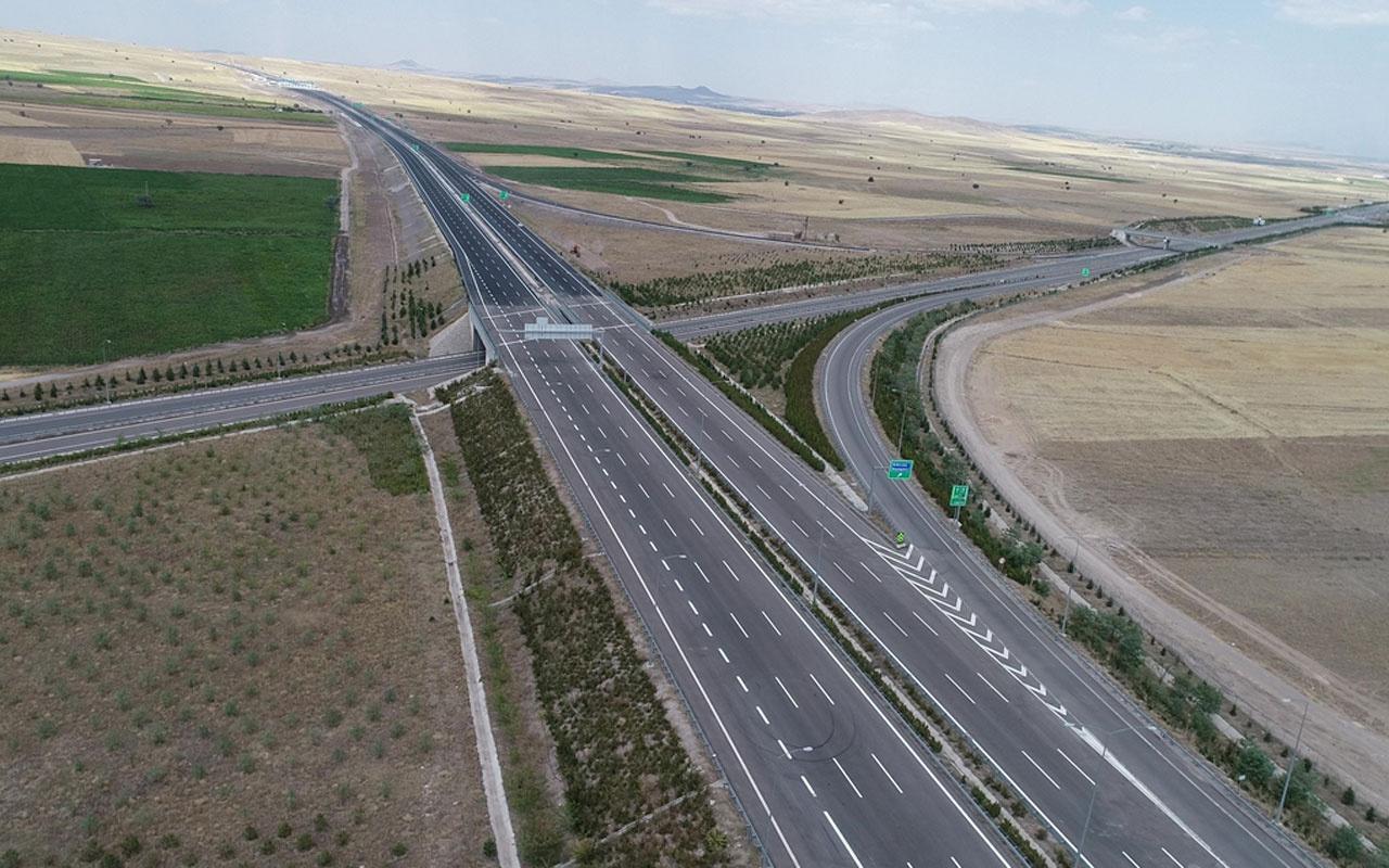 Ankara-Niğde Otoyolu'nun ikinci kesimi açılıyor seyahat süre 2 saate iniyor