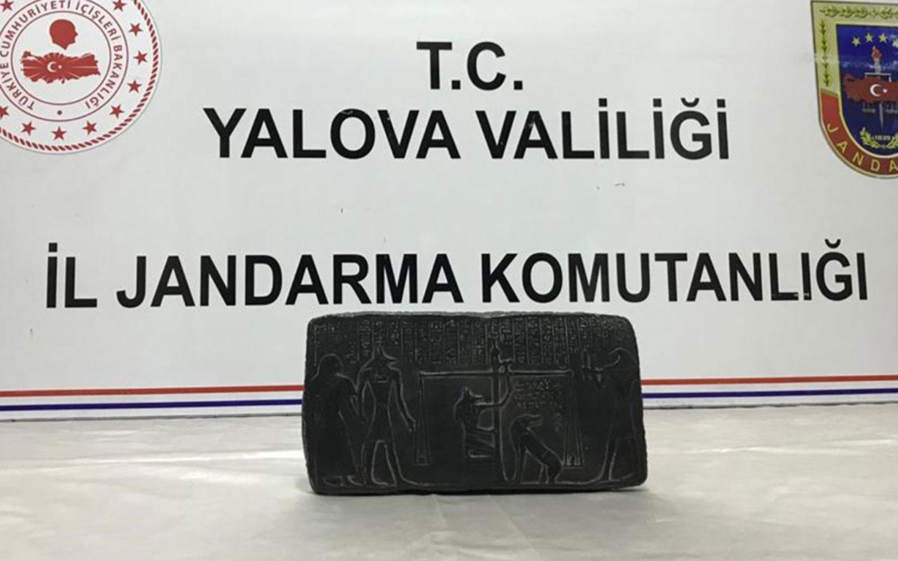 Yalova'da Mısır dönemine ait olduğu iddia edilen bir tablet ele geçirildi