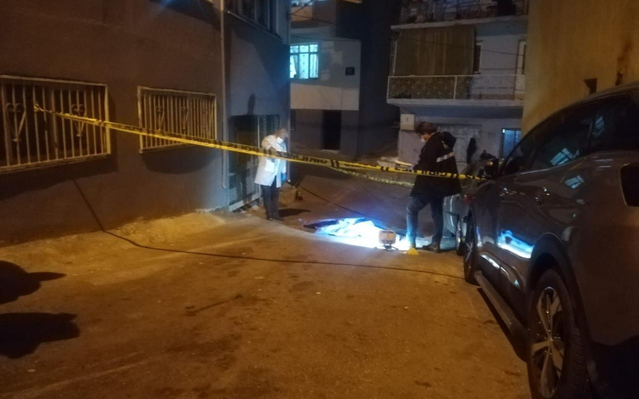 İzmir'de akrabayla tartılıp balkondan atladı! Yakınları sinir krizi geçirdi