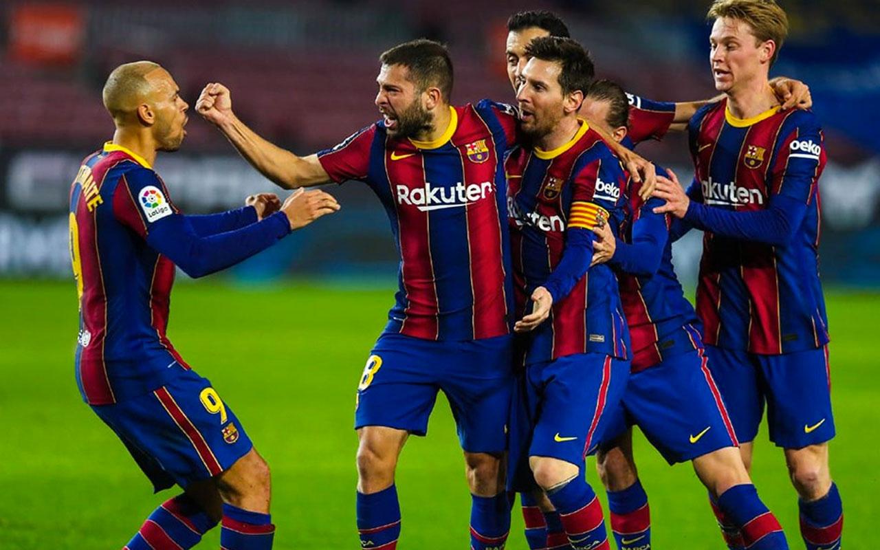 Barcelona, Real Sociedad'ı liderlikten etti