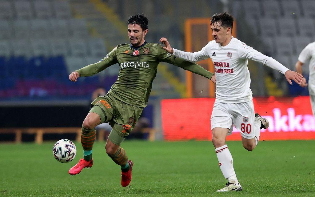 Turgutluspor'u farklı geçen Başakşehir kupada rahat turladı