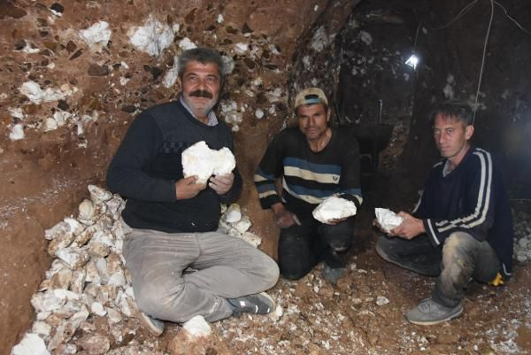 Eskişehir'de kuyunun içinden çıktı 3 bin yıllık tarihi var! Çinliler sıraya girdi