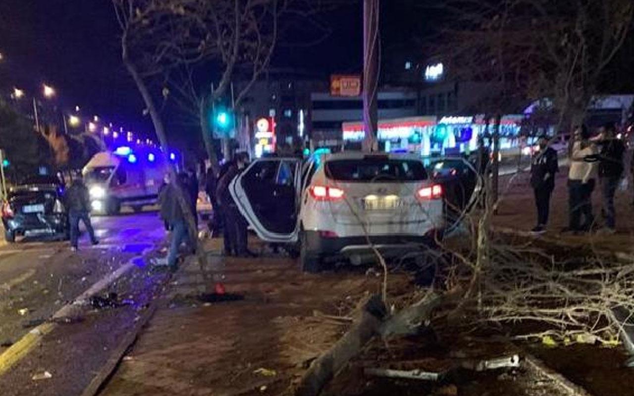 Kahramanmaraş'ta kontrolden çıkan otomobil 2 araca çarptı! Ölü ve yaralılar var