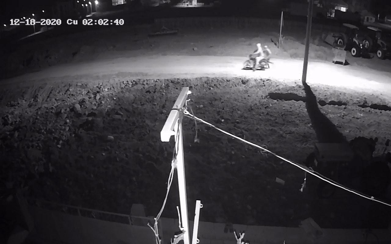Afyonkarahisar'da hırsızlar kısıtlamayı fırsat bildiler! Hırsızlık anı kameralara yansıdı
