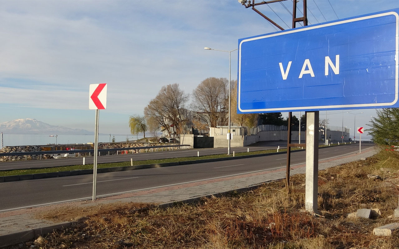 Van'da tüm tabelalar değişti! Rakım ve nüfus bilgisi kaldırıldı