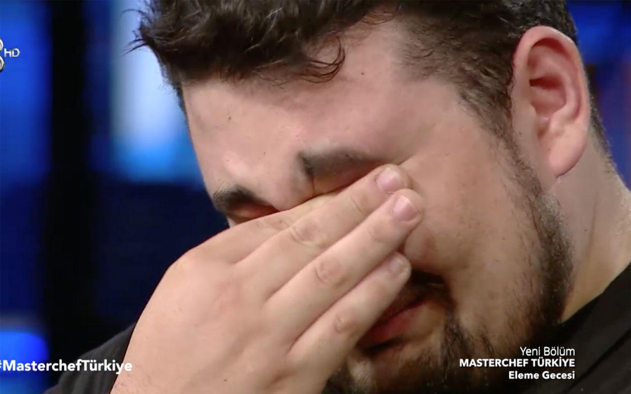 MasterChef Türkiye'de Eray Aksungur elendi ağla ağlaya böyle veda etti