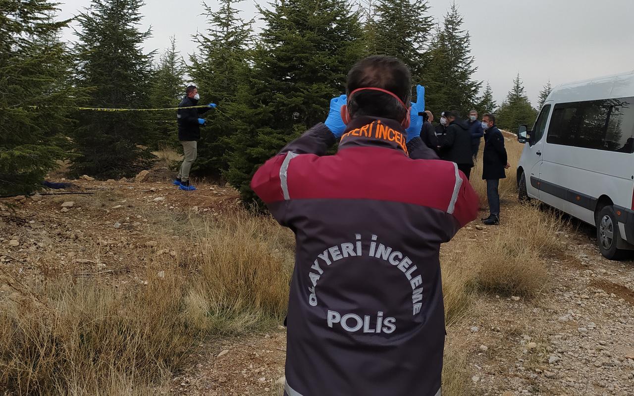 Konya'da üniversite yerleşkesinde 55-60 yaşlarında erkek cesedi bulundu