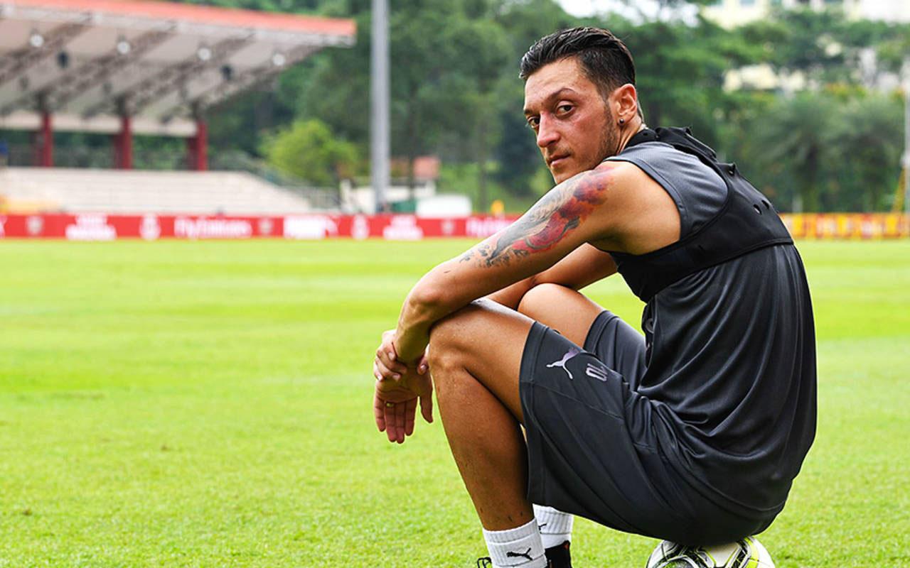 Fenerbahçe'den Mesut Özil bombası! Transfer sezon sonuna kaldı