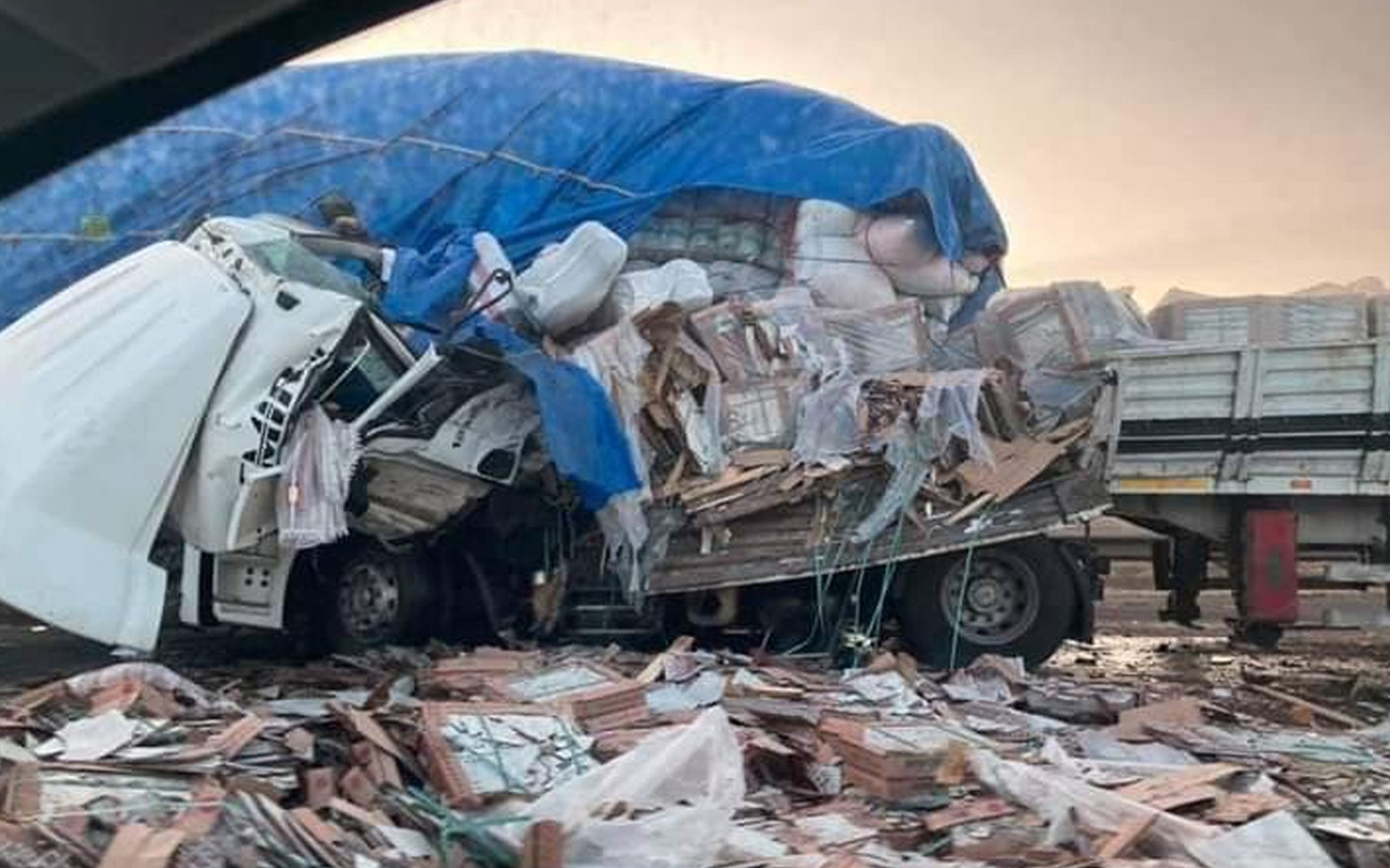 Osmaniye'de otoyolda korkunç kaza! Ortalık savaş alanına döndü