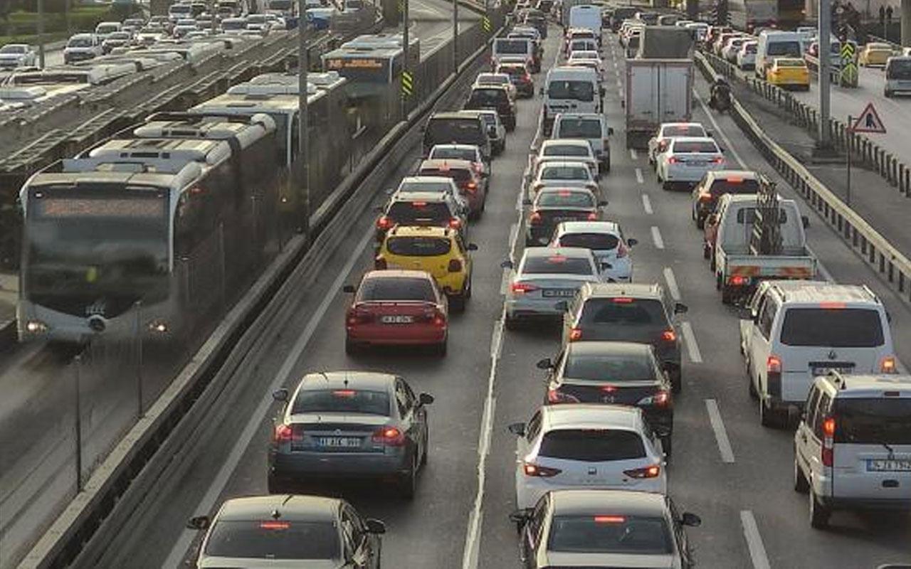 Rekor seviyeye çıktı! İstanbul'da kısıtlama öncesi trafik yoğunluğu