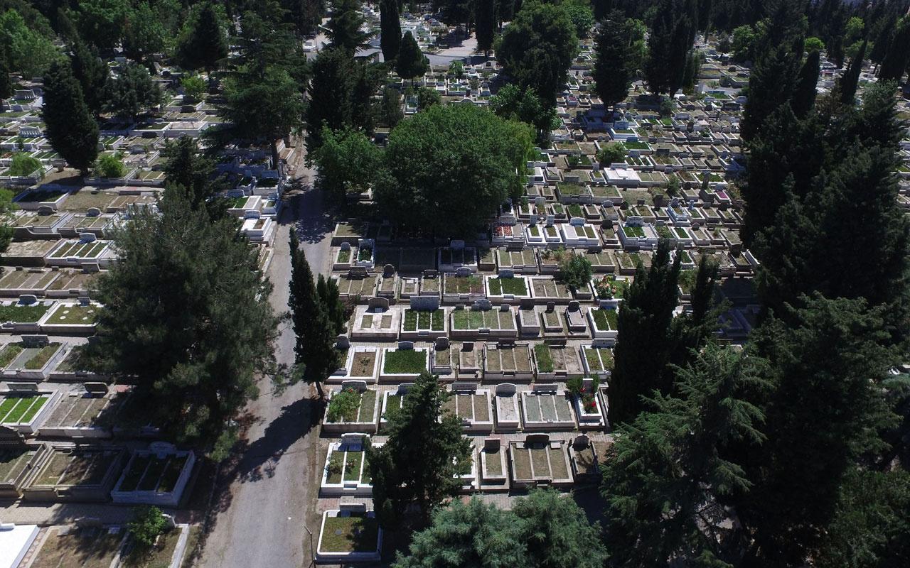 İstanbul'da mezarlar karaborsaya düştü 2 milyon liraya mezar yeri satılıyor