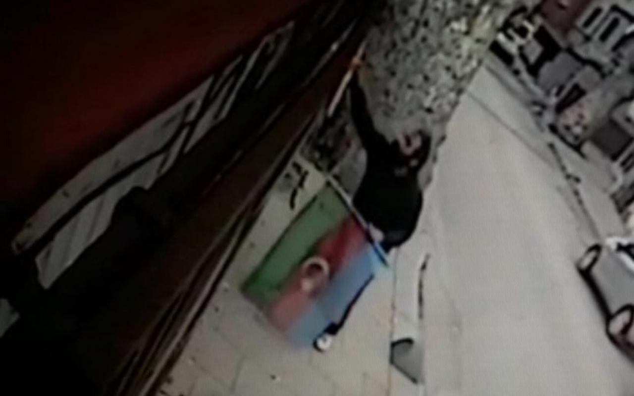 İstanbul Beykoz'da Türk ve Azerbaycan bayraklarına çirkin saldırı