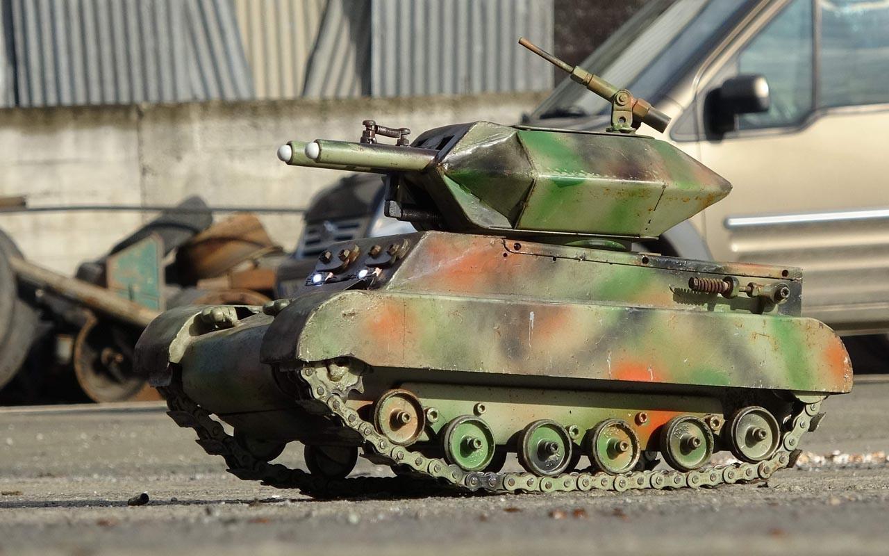 Trabzonlu usta hurda parçalarıyla tank üretti! Ateşleme sistemi bile kurmuş