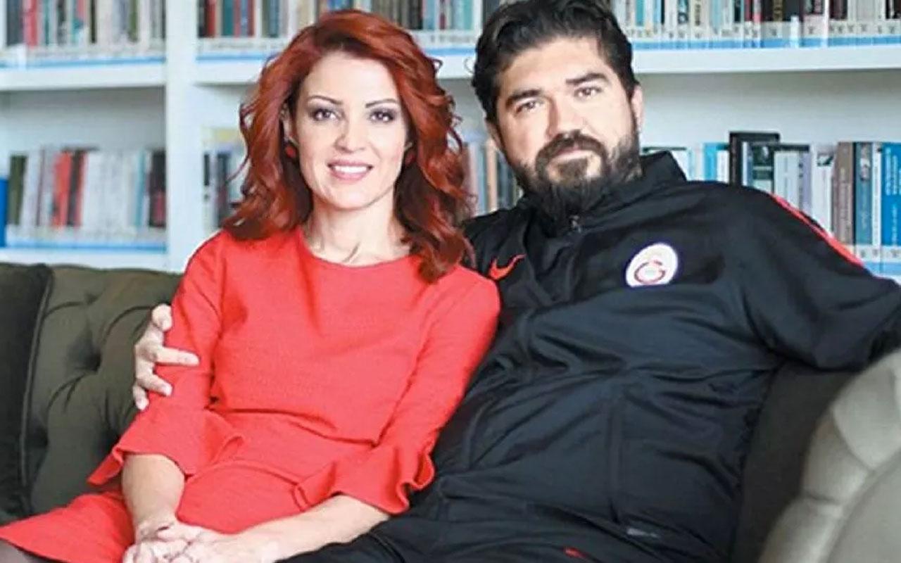 Rasim Ozan Kütahyalı ve eşi Nagehan Alçı, canlı yayında Covid-19 aşısı oldu
