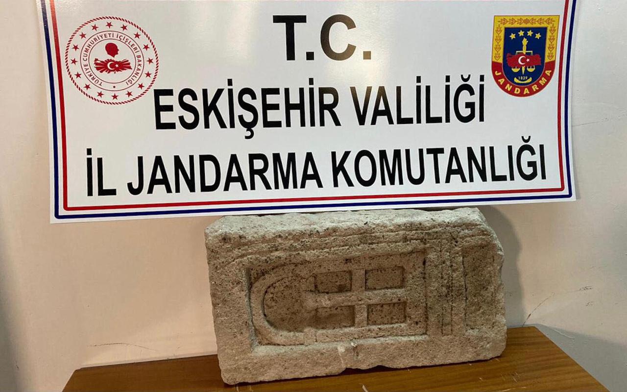 Eskişehir'de baltayı taşa vurdular! Yanlış kişiye satmaya çalıştılar