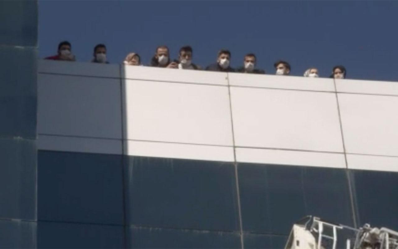 İstanbul Hadımköy'de korkutan yangın! Üst katlarda mahsur kaldılar