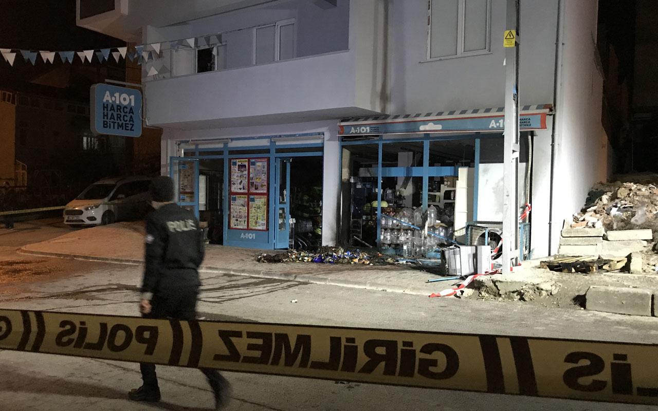 Arnavutköy'de el yapımı patlayıcı atılan markette yangın çıktı