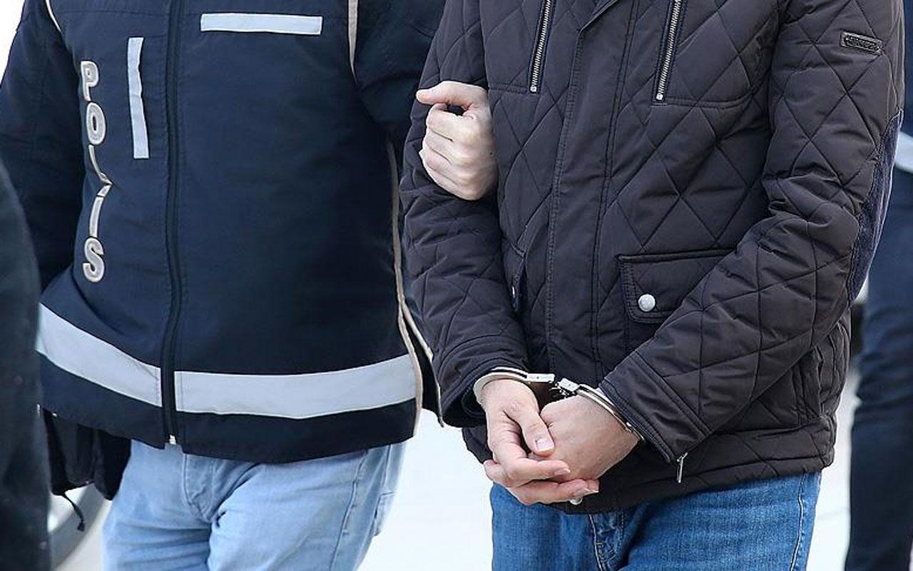 Adana'da ağaç kovuğuna el bombası saklayan iki şüpheli yakalandı