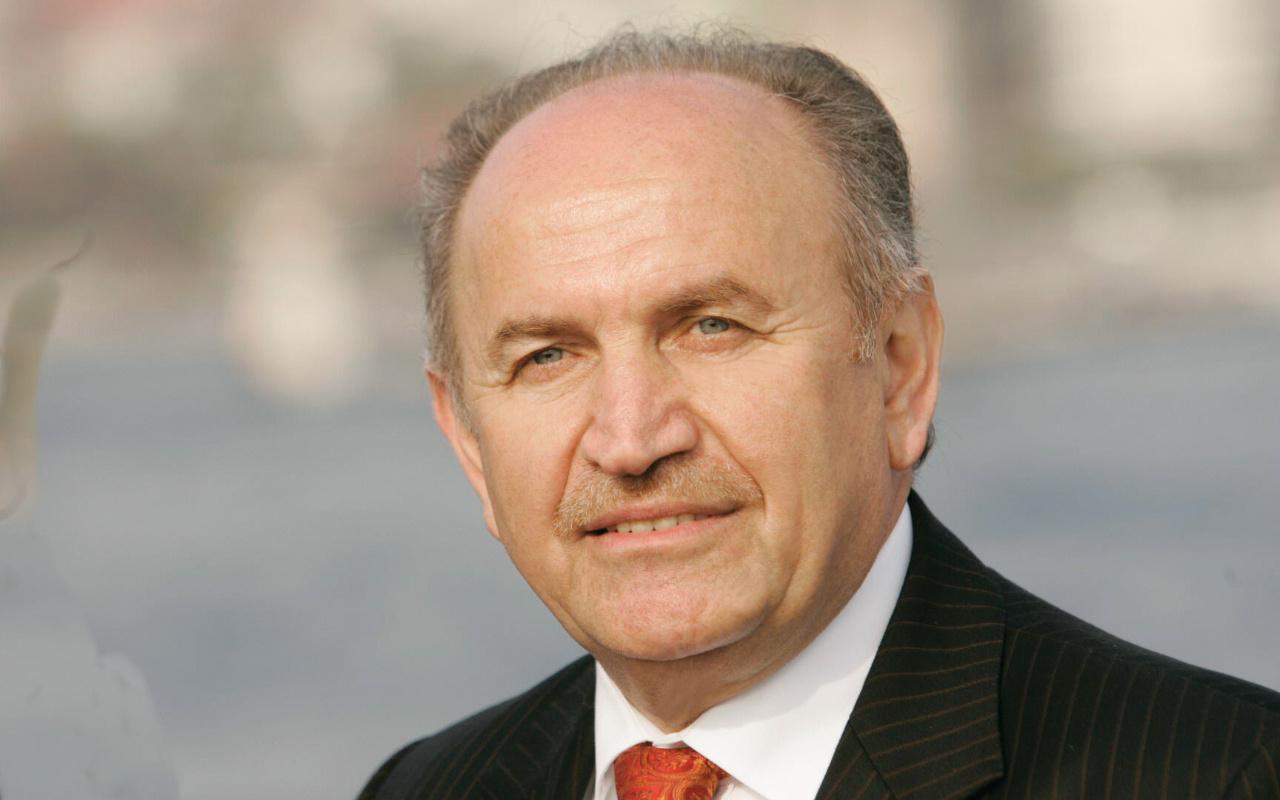 Koronavirüse yakalanan İstanbul'un eski başkanı Kadir Topbaş diyalize bağlandı