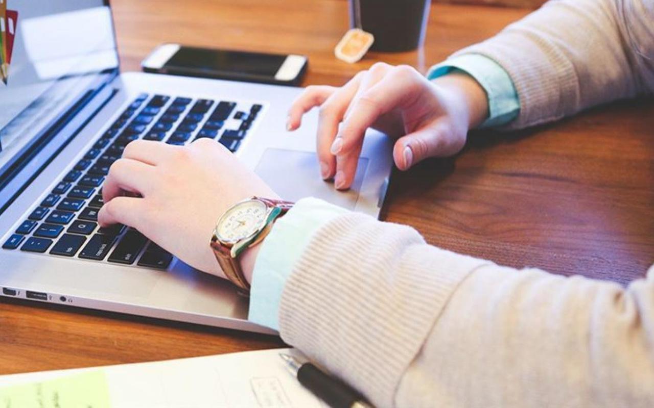 Uzaktan eğitimdeki çevrimiçi sınavlarda kopya taktiği ortaya çıktı