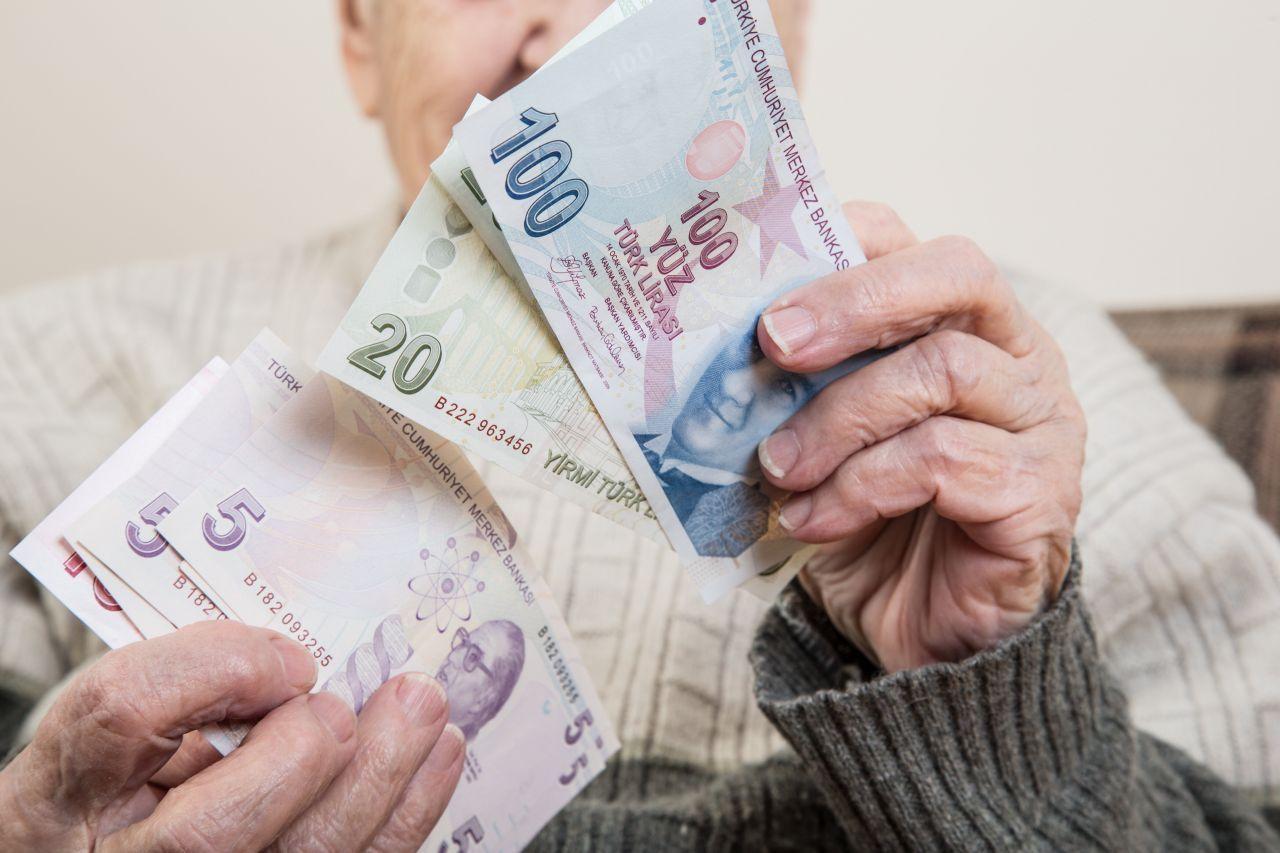Memur ve emekli maaşlarına zam! Tüm gözler yarın açıklanacak enflasyon rakamlarında