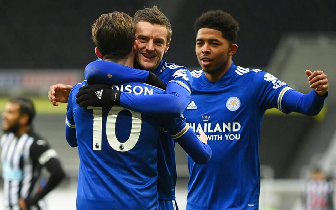 Leicester City Premier Lig'de zirve takibini sürdürdü