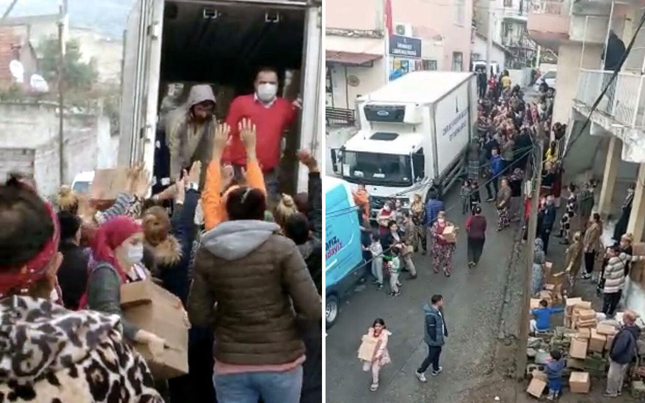 İzmir'de Büyükşehir'in yardım dağıtımında rezalet görüntüler belediye özür diledi