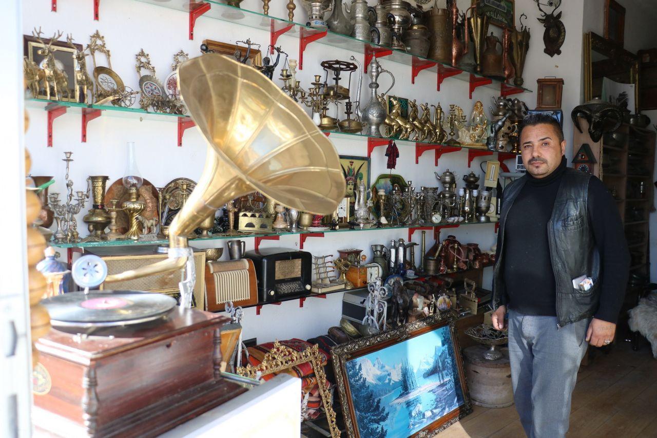 Sivas'ta dekan da alıyor ev insanı da alıyor! Hobisiyle para kazanıyor
