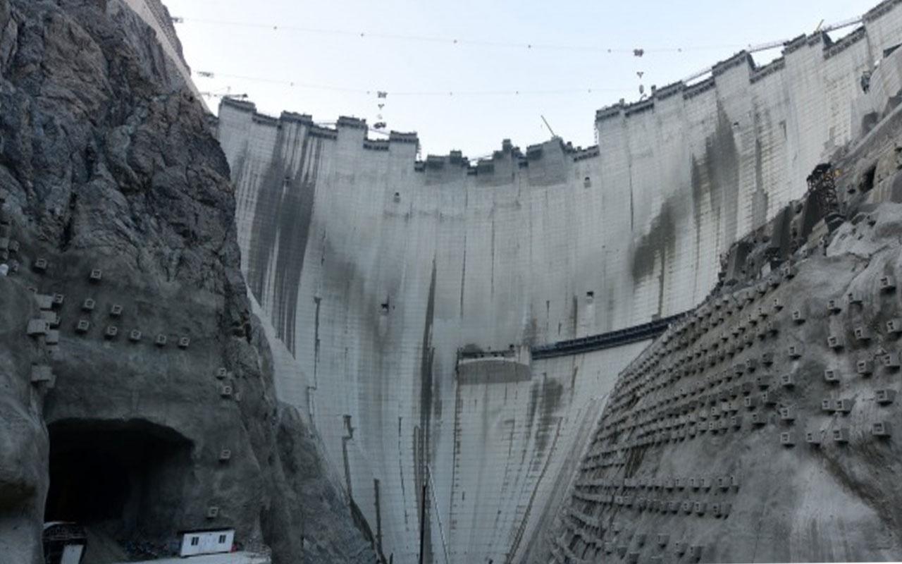 Türkiye'nin en yükseği olacak! Yusufeli Barajında son 7 metreye girildi