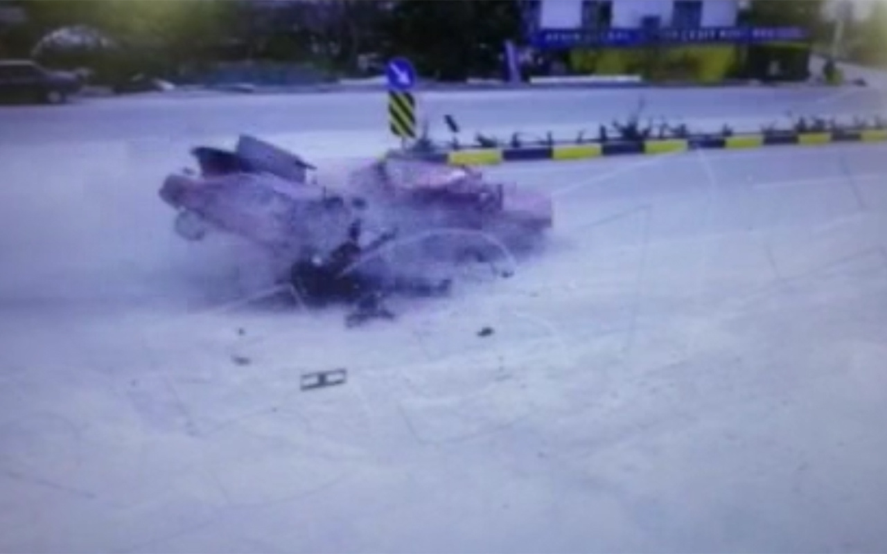 Muğla'da ortalığı savaş alanına çeviren kaza 2 ölü 3 yaralı