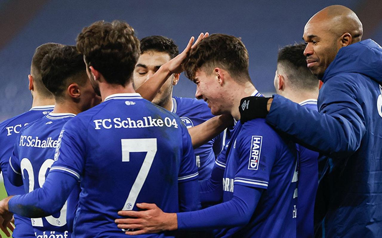 Hoffenheim'ı 4-0 yenen Schalke, ligde 1 yıl sonra galip gelmeyi başardı