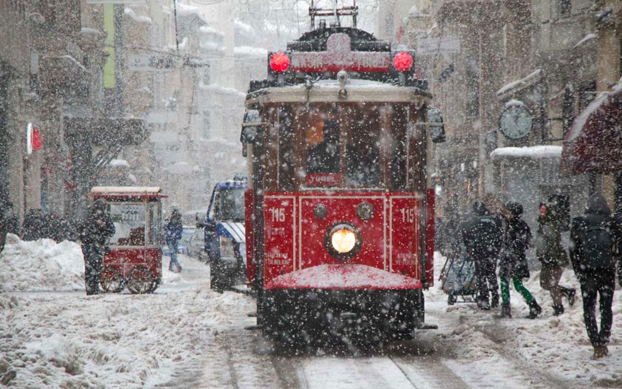 Meteoroloji İstanbul'a karın yağacağı tarihi açıkladı! İste son dakika hava durumu