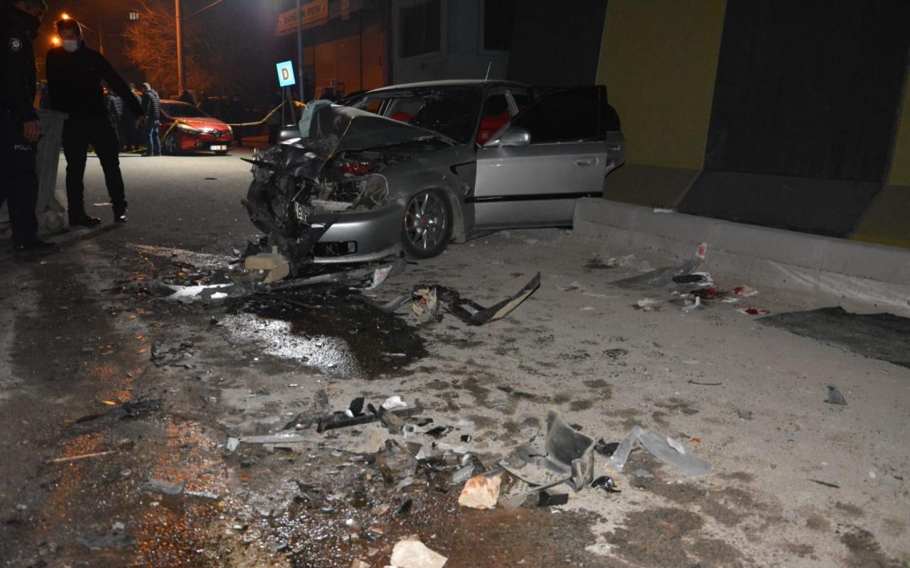 Diyarbakır Ergani'de feci kaza 1 ölü 5 yaralı