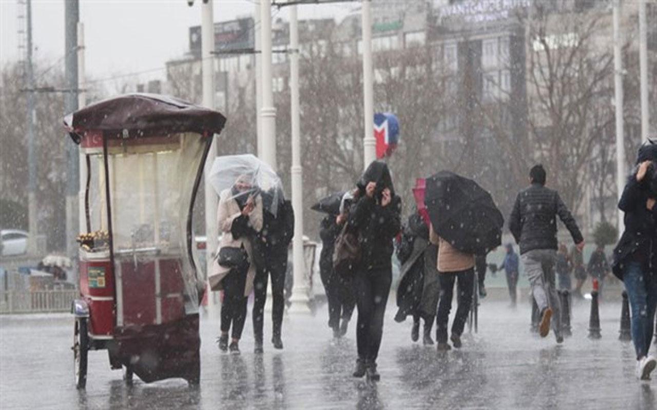 Meteoroloji saat verip İstanbulluları uyardı!