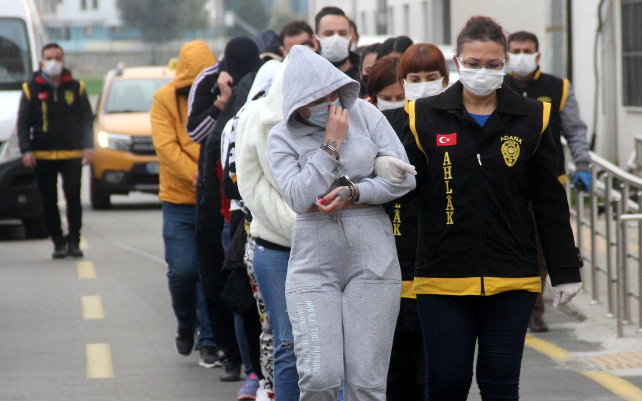 Adana'da şafak vakti fuhuş operasyonu: 5'i kadın 14 kişi gözaltına alındı