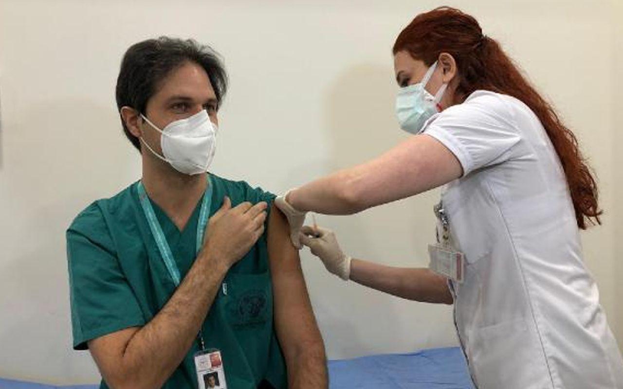 Türkiye'de aşılama başladı! Bilim Kurulu Üyesi Hasan Tezer 11 soruda aşı sürecinde neler olacağını anlattı