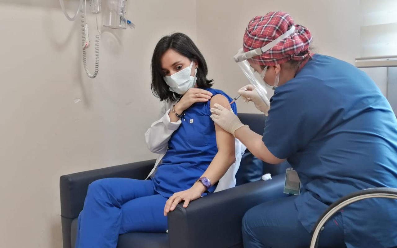 Koronavirüs aşısında öncelikli meslek grupları belli oldu